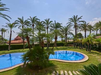 casa / vil·la de 697m² en venda a Cullera, València