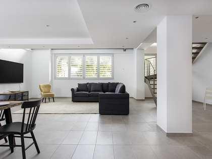 150m² Lägenhet till uthyrning i Les Corts, Barcelona