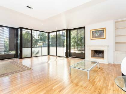 123m² Apartment for sale in Turó Park, Barcelona