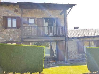 Загородный дом 180m² на продажу в La Cerdanya, Испания