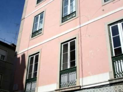 2-bedroom flat for sale in Principe Real district of Lisbon