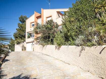 Casa / Villa de 250m² en venta en Cubelles, Barcelona