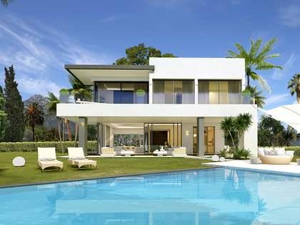 Дом / Вилла 549m², 62m² террасa на продажу в Золотая Миля