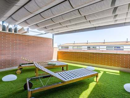Casa / Villa de 256m² con 30m² de jardín en venta en Sant Andreu de Llavaneres