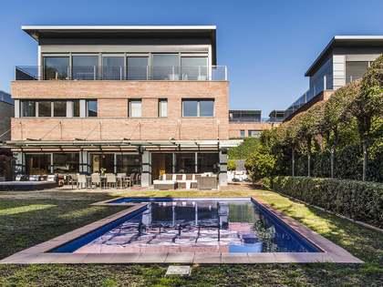 在 Sarrià, 巴塞罗那 554m² 出售 豪宅/别墅 包括 花园 390m²