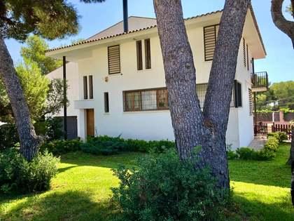 Huis / Villa van 289m² te koop in Torredembarra