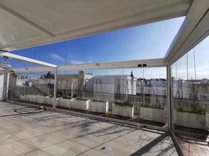 Pis de 215m² en venda a Sevilla, Espanya