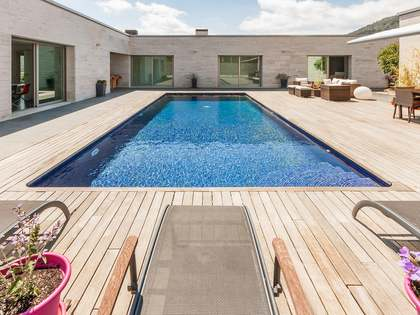 House for sale in the Vallromanes area of Maresme Coast