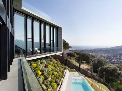 Designer villa for sale in Cabrils, Barcelona Maresme Coast