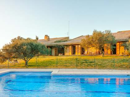 715 m² country house for sale in Alt Empordà, Girona