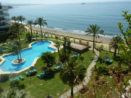 Fantastic penthouse for sale on the beach of Golden Mile