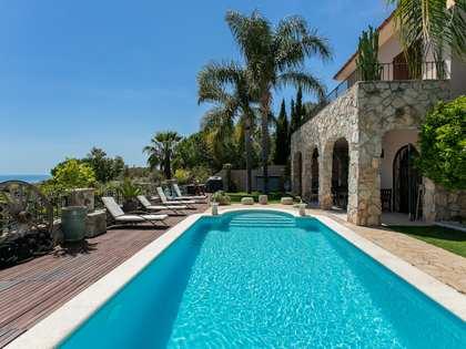 Casa / Vil·la de 311m² en venda a Levantina, Barcelona
