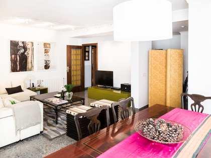 Spacious apartment to buy in exclusive Valencia area