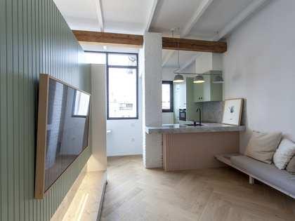 Appartement van 66m² te huur in Gran Vía, Valencia