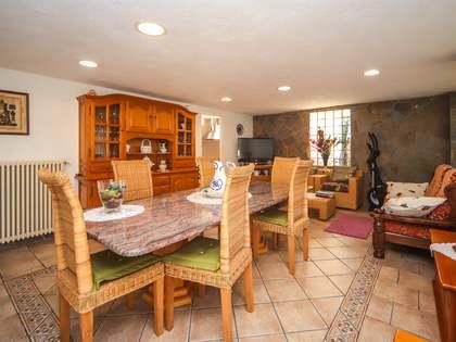 Huis / Villa van 323m² te koop in Calafell, Tarragona
