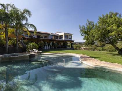 Casa / Vil·la de 920m² en venda a Sant Pere Ribes, Sitges