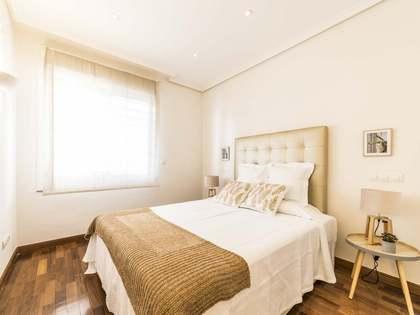 Appartamento di 45m² in affitto a Cortes / Huertas, Madrid