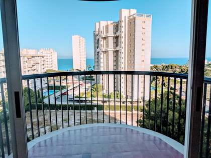 104m² Apartment with 8m² terrace for sale in Playa San Juan