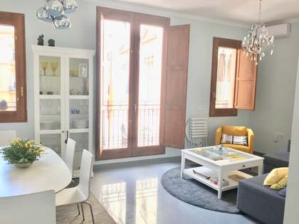 105m² Apartment with 12m² terrace for rent in La Seu