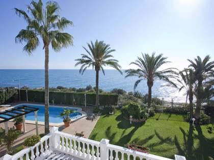 1,013m² Hus/Villa till salu i Playa San Juan, Alicante