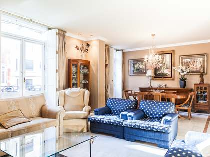 Appartement van 263m² te koop met 25m² terras in Sant Francesc