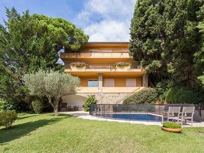 Casa con grandiosa vista a Barcelona, en Vallvidrera