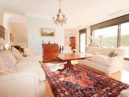 300 m² house for rent in Arturo Soria, Madrid