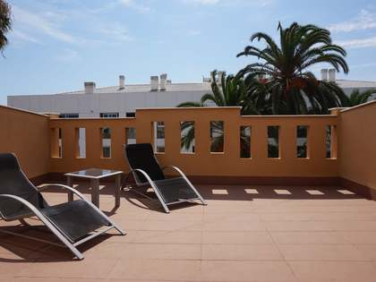 House for sale next to Malvarrosa beach, Valencia