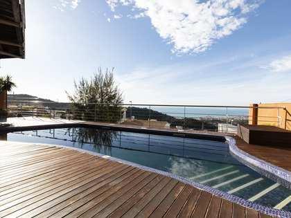 355m² House / Villa for sale in Levantina, Barcelona