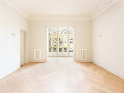 178 m² apartment for sale in Eixample Right, Barcelona