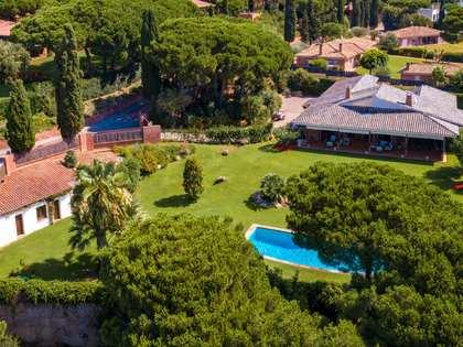 Maison / Villa de 552m² a vendre à Sant Andreu de Llavaneres avec 2,094m² de jardin