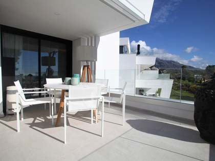 134m² Apartment with 45m² terrace for sale in Nueva Andalucía