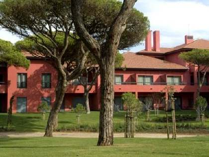3-bed golf property to purchase in Cascais