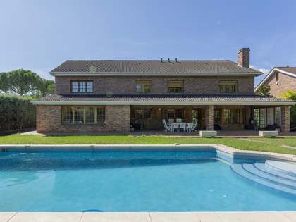 Huis / Villa van 480m² te koop in Pozuelo, Madrid
