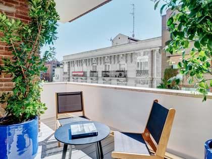 Piso de 250m² con 15m² terraza en venta en Almagro, Madrid