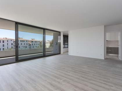 126 m² apartment with 23 m² terrace for sale in Sitges Town