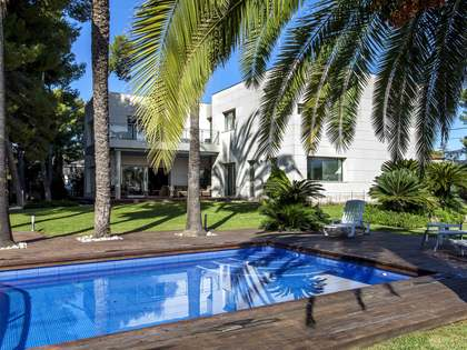 521 m² house  for sale in La Eliana, Valencia