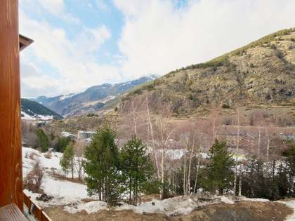 57m² Apartment with 34m² garden for sale in Grandvalira Ski area