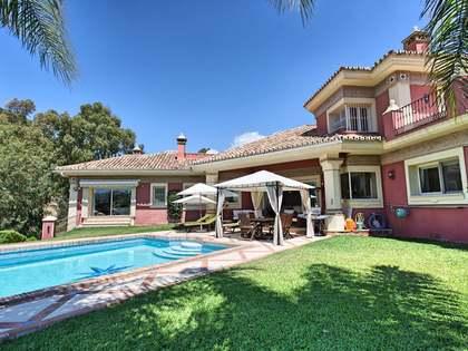 在 新安达卢西亚, Costa del Sol 540m² 出售 豪宅/别墅 包括 花园 1,232m²