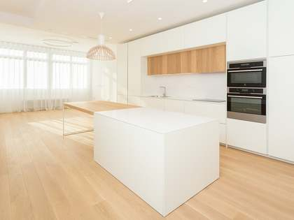 85 m² apartment with 40 m² terrace for sale in Sants