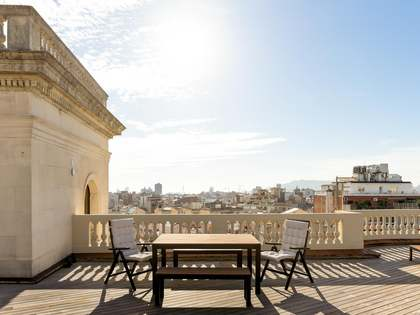 62m² Penthouse with 166m² terrace for sale in Eixample Right