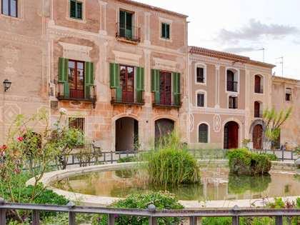 Château / Palais de 690m² a vendre à Tarragona Ville
