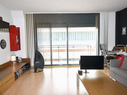 140m² Apartment with 25m² terrace for sale in Vilanova i la Geltrú