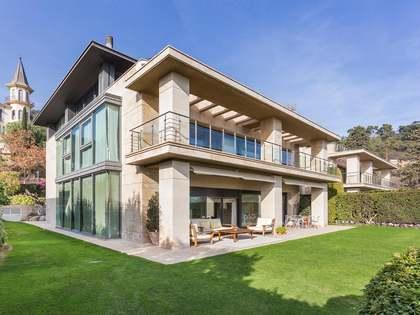 Villa con vista al mar y la ciudad en venta en Zona Alta