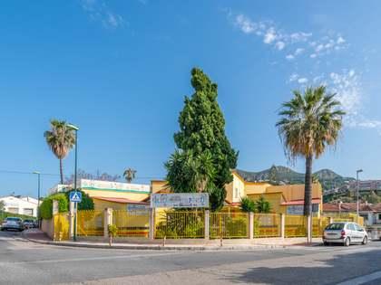 Edificio de 1.219 m² con terraza en venta en Málaga Este