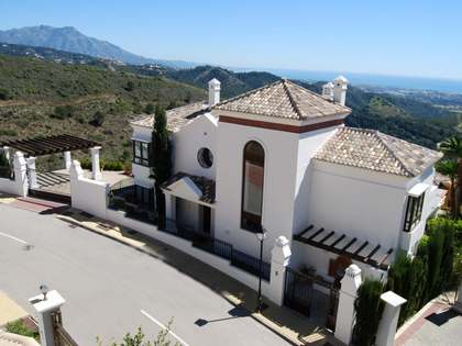 5-bedroom villa for sale in Benahavis Hills Country Club