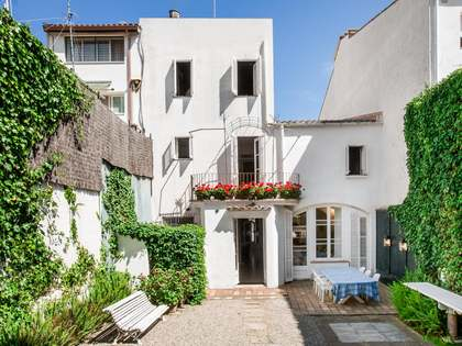 Huis / Villa van 371m² te koop in Sant Andreu de Llavaneres