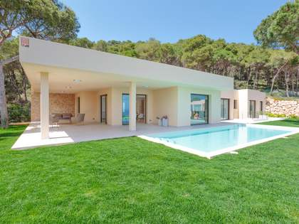 Casa / Vil·la de 510m² en venda a Aiguablava, Costa Brava