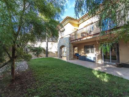 400 m² house for sale in Vilanova i la Geltrú