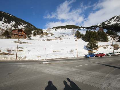 2,000m² Plot for sale in Grandvalira Ski area, Andorra